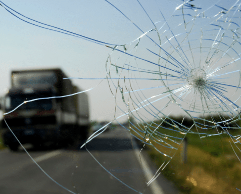 Discover Why Windshield Cracks Spread