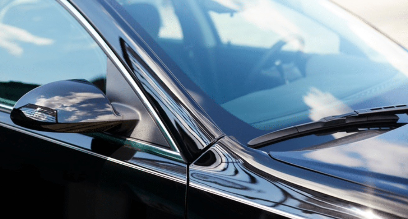 Car Windshield Replacement – Can A Car Dealership Replace Windscreens?